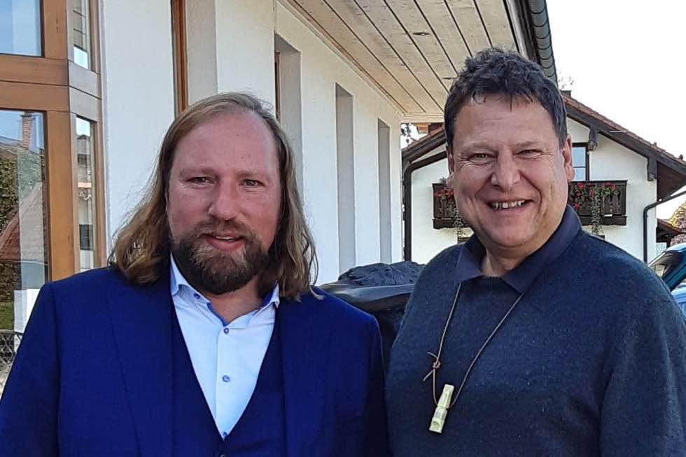 Holzenergie hat Zukunft: Großer Besuch in Sauerlach